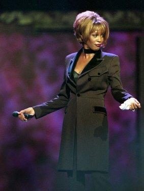 Whitney Houston Resimleri Fotoğrafları